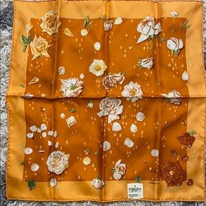 "Authentic Hermès Scarf "" Le Roses "" NWT"